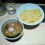 70004012 - つけ麺 (濃厚)  830円 写真…ちょっとブレちゃった!