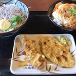 丸亀製麺 - 豚しゃぶぶっかけ(並) 620円、親子丼(小) 390円、かしわ天 140円、れんこん天 110円