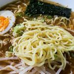 会津らーめん 磐梯山 - キンキンに冷たいラーメンもウマイ。麺のシコシコ感も増しマシ。