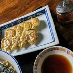会津らーめん 磐梯山 - 「一口餃子(8個)」(400円)。会津のラーメンも大好きだけど、この一口餃子も大好き。