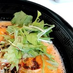 四川担々麺 いぶし銀 - 水菜