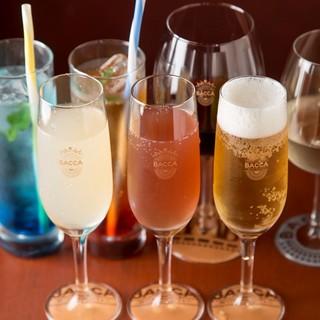 12種類以上の日本酒が勢揃い!食事と共にお酒の時間も楽しめる