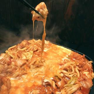 チーズタッカルビ食べ放題や串焼き食べ放題プランをご用意!