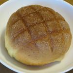 ケーキの店 光 - 料理写真:メロンパン110円(内税)。