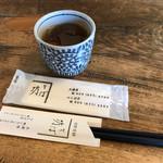 そば坊 - ドリンク写真:冷たいお茶