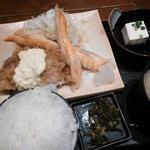 九州 熱中屋 - 鮭ハラスとチキン南蛮定食