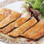 もつ鍋・水炊き 博多若杉 - 牛はちのすステーキ