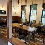 べびーしょこら - 豆腐店に併設している『べびーしょこら』というカフェ。