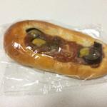 ラヴィアンローズ ベーカリー - 料理写真:夏野菜のパン @130