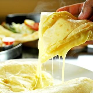 チーズを愛する女性の皆さま必食!『とろけるチーズクルチャ』