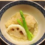 麻布十番 ふくだ - 石川芋とレンコンの煮おろしがけ