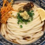 釜たけ流 うめだ製麺所 - あえて 天ぷら移動(´∀`)うどんは冷たいので 熱いのも選べるが やはり腰はコッチだよね