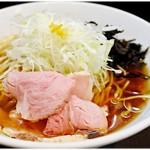 麺屋りゅう - 淡麗煮干しそば 並 780円 冷え冷えウマウマニボラーメン♪ニボラーメンと言ってもえぐさは全然無くって食べやすいです。