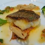 ルラーシュ - 桜鯛のポワレ♪                             パスティーヌのトマト煮込み                             九条ねぎとガーリックソース