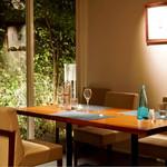 osteria LIU - テーブル席