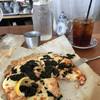 キッチン&コーヒーCACTUS - 料理写真:ごっつい明太子ピザ!シェアして食べるのよね普通は…( ̄∇ ̄)
