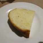 エノテカラウラ - パン