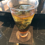 広東名菜 龍宮 - カヌ茶、ジャスミン風味の烏龍茶