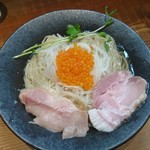 町田汁場 しおらーめん 進化 - 鱒子冷し麺@950