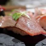 肉バル×イタリアン RIVIO - 炙り和牛ロース