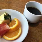 リッチモンドホテル福岡天神 - フルーツとコーヒーで最後のお喋りを楽しみました^_^