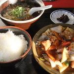 宗八 - 酢豚定食ゎミニらーめん付き(1000円)