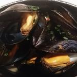 ビストロ アギャット - モンサンミッシエル産のムール貝