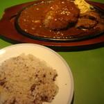 ステーキ・ハンバーグどんさん亭 - 料理写真:十穀米