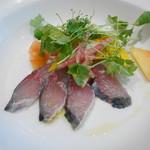 ランデヴー・デ・ザミ - 前菜 和歌山産活けサバの白ワインビネガー締め、夏野菜添え