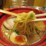 えびそば 一幻 - 麺リフト