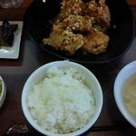 中国料理 天蘭 - 日替わりランチ メインは鶏の唐揚げ(ねぎポン酢かけ)
