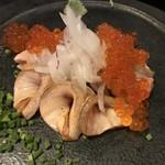 炉端dining ろい - サーモン炙りイクラかけ!