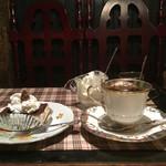 70074685 - ウィンナーコーヒースペシャルとケーキ