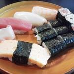 70074776 - にぎり寿司