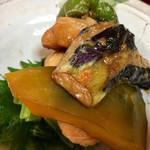 キッチン食堂 城山 - どれもいい感じの味付けです!