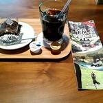 パノラマテラス - アイスコーヒー、ガナッシュロール