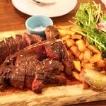 Xató burrata & steak - 熟成和牛のステーキ