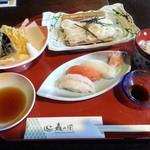 和食処さんさ亭 - 料理写真: