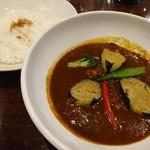 咖喱&カレーパン 天馬 - ビーフカレー(1180円)