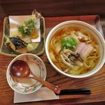 麺 銀三 - 料理写真:冷かけきしめんwith天ぷら