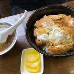 三憩園 - カツ丼 1,000円(170716)