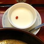 らーめん古潭 - 杏仁豆腐