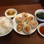曽さんの店 - 餃子セット610円