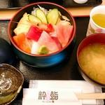 氷見海鮮丼 粋鮨 - 粋鮨彩り海鮮丼