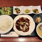 チャイナ食堂 九龍 - ランチセット