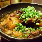 わしの焼き鳥 - 料理写真:牛すじと大根の煮込み@520円+税