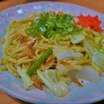 一根六菜 - 桜海老の塩やきそば(690円)