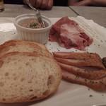熟成肉バル イチノミヤウッシーナ - おまかせ3種盛り