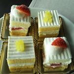 70133539 - ショートケーキ