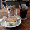 イキ エスプレッソ - 料理写真:ハミングバードケーキ、アイスコーヒー